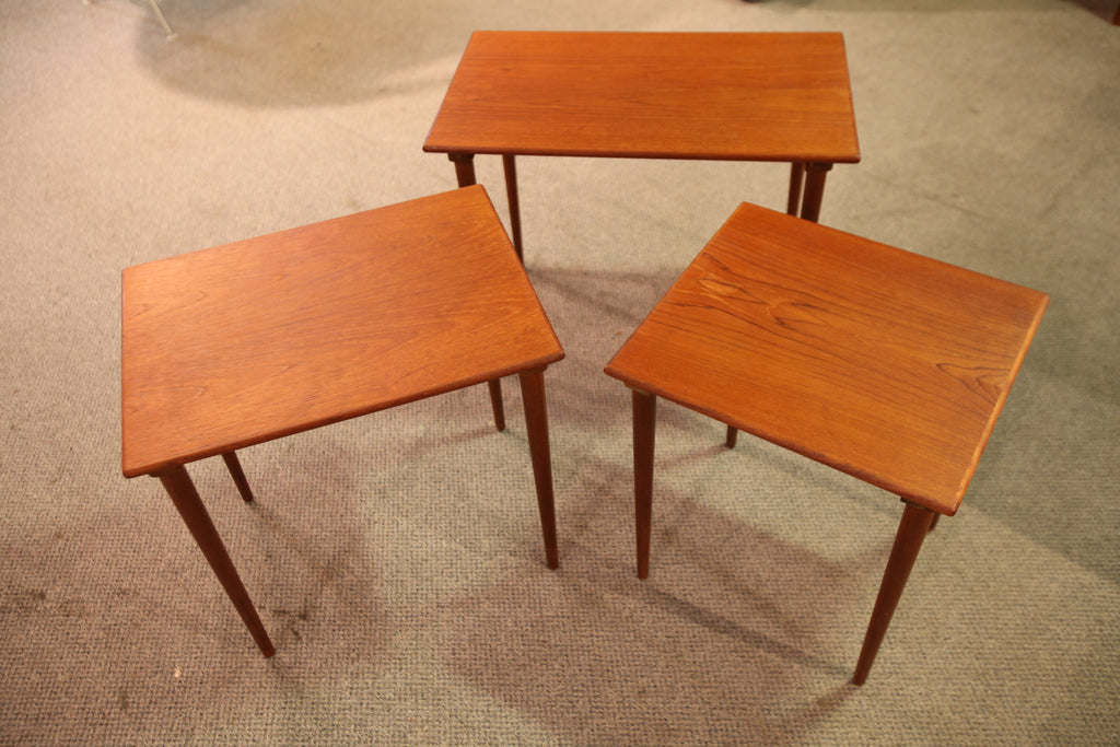 "Beautiful Vintage Westnofa Teak Nesting Table Set. (24.75"" x 15"" x 19.75""H)"