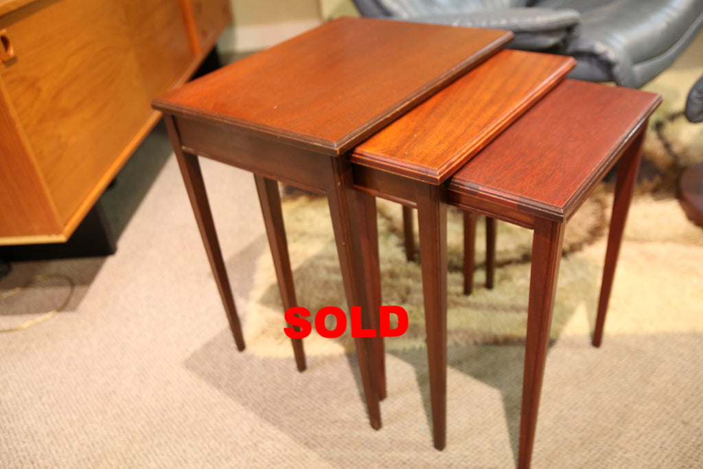 "Set of 3 Vintage Walnut Nesting Tables (19"" x 15"" x 22""H)"