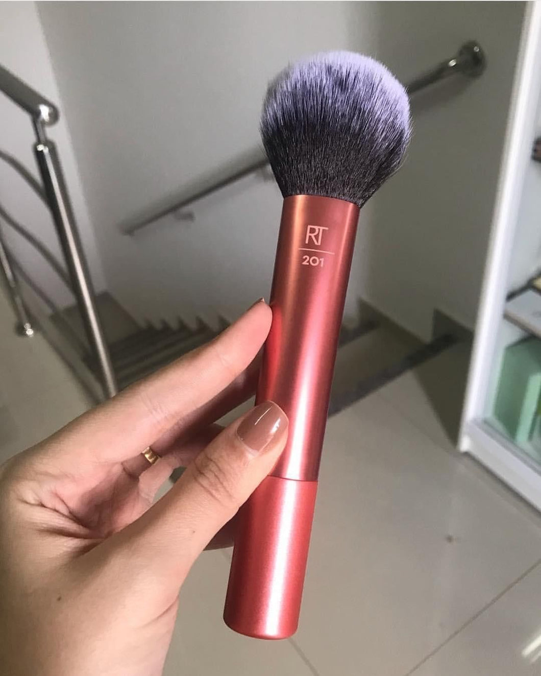 Real techniques 201 powder brush