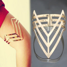 Punk Triple Cut Out Triangle Upper Arm Cuff