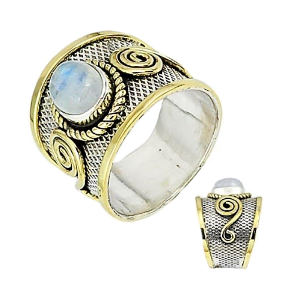 3.22 Cts Natural Rainbow Moonstone Solid .925 Silver Ring Size 9 - BELLADONNA