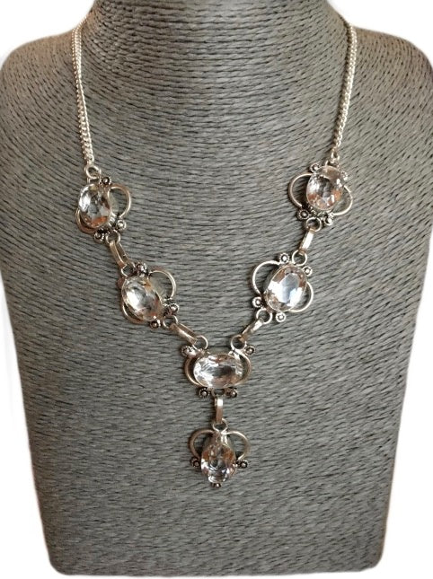 Beautiful Natural White Topaz .925 Silver Necklace - BELLADONNA