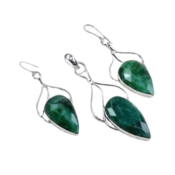 AAA+ Emerald Gemstone .925 Silver Pendant & Earrings - BELLADONNA