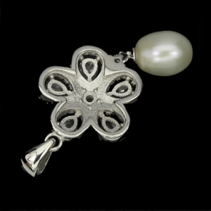 20.33 Cts Natural White Baroque Pearl Cz Solid .925 Sterling Silver Pendant - BELLADONNA