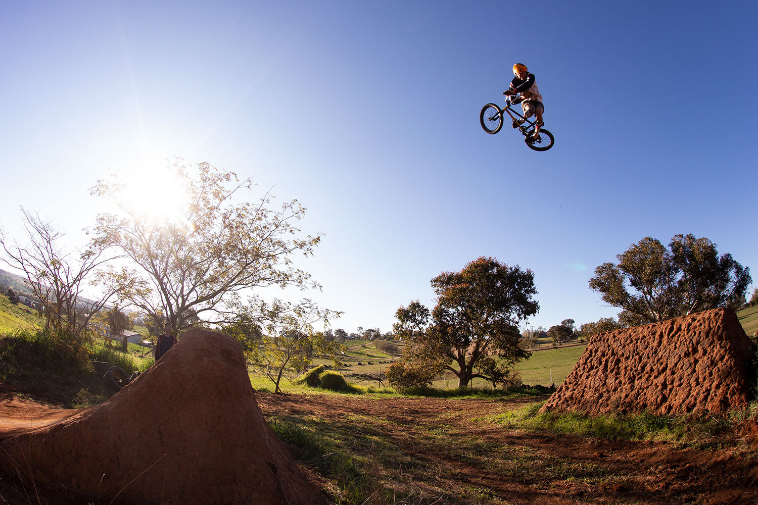 Jonny Mackellar 360 table bmx trails