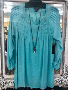 Blouse in Sea Blue