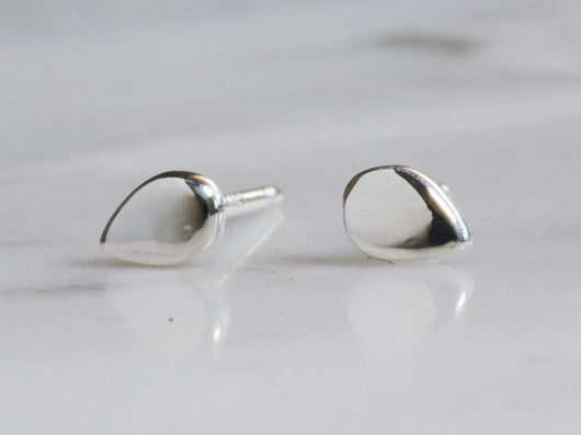 Teardrop Stud Earrings | Silver Sculptor