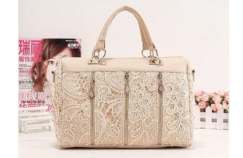 Oblique Retro Lace Handbag. Beige.