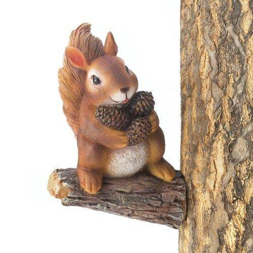 Gathering Squirrel Tree Decor - www.myhomeandgardendecor.com