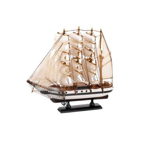 Passat Ship Model - www.myhomeandgardendecor.com