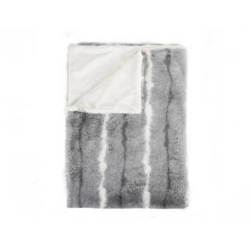 "50"" x 60"" Dayton Grey/White/Black Fur - Throw - www.myhomeandgardendecor.com"