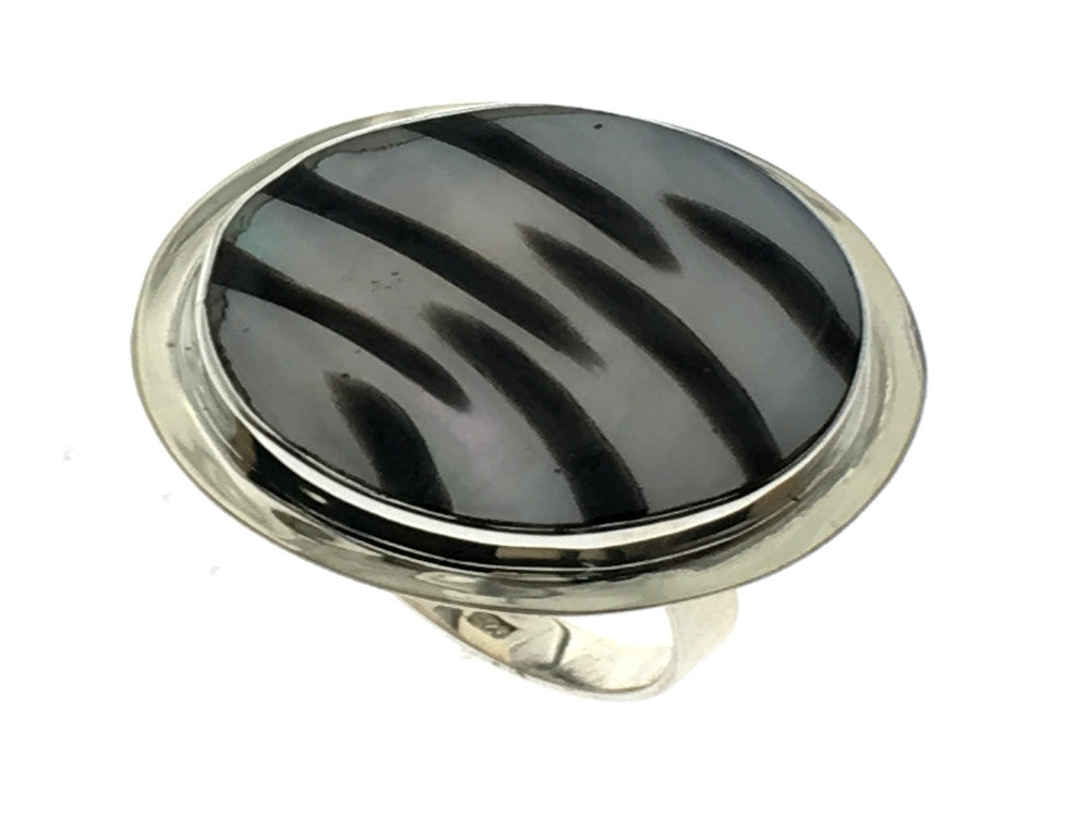 Zebra Shell Round Sterling Silver Ring