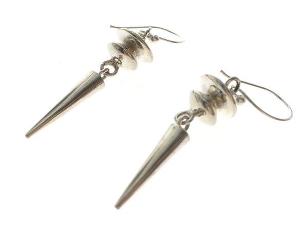 Ringed Top Pointed Sterling silver .925 Earring