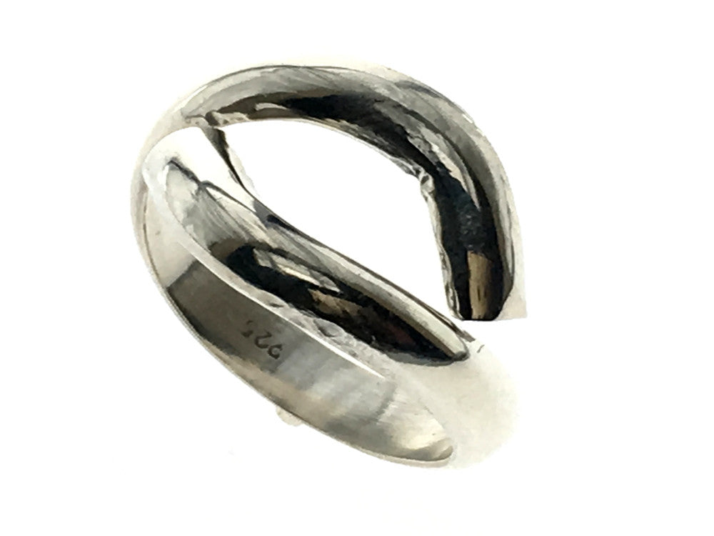 Handshake .925 Sterling Silver Ring - Essentially Silver Jewelry