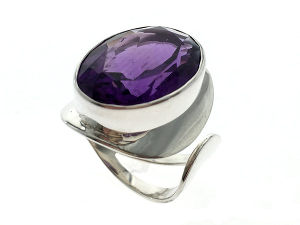 Amethyst Oval Large Sterling Silver Ring - Essentially Silver Jewelry