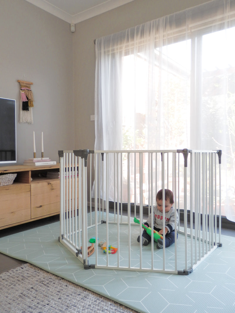 BABY SECURITY AND BABY PROOFING