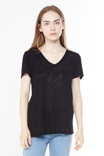 Melrose V-Neck by Michelle by  Comune