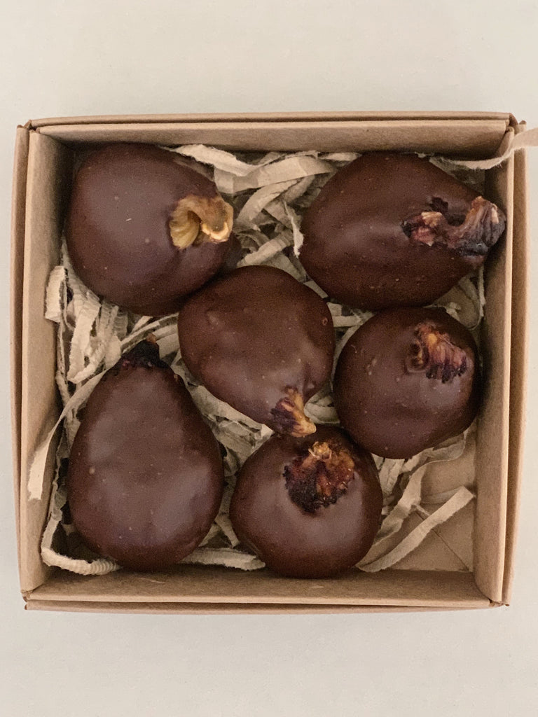 A1 Small giftbox - Chocolate Dipped Figs (GST incl)