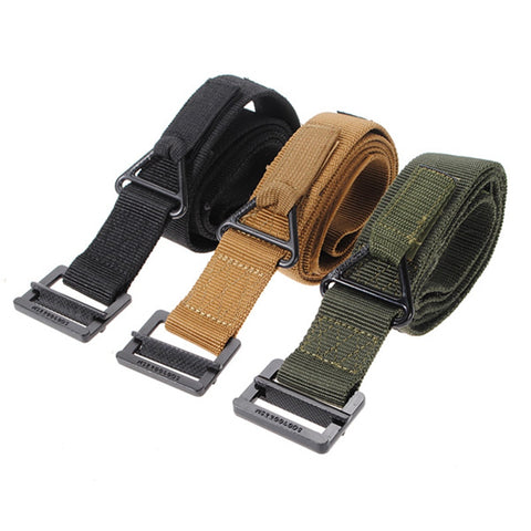 Adjustable tactical belt featuring parachute grade hooks