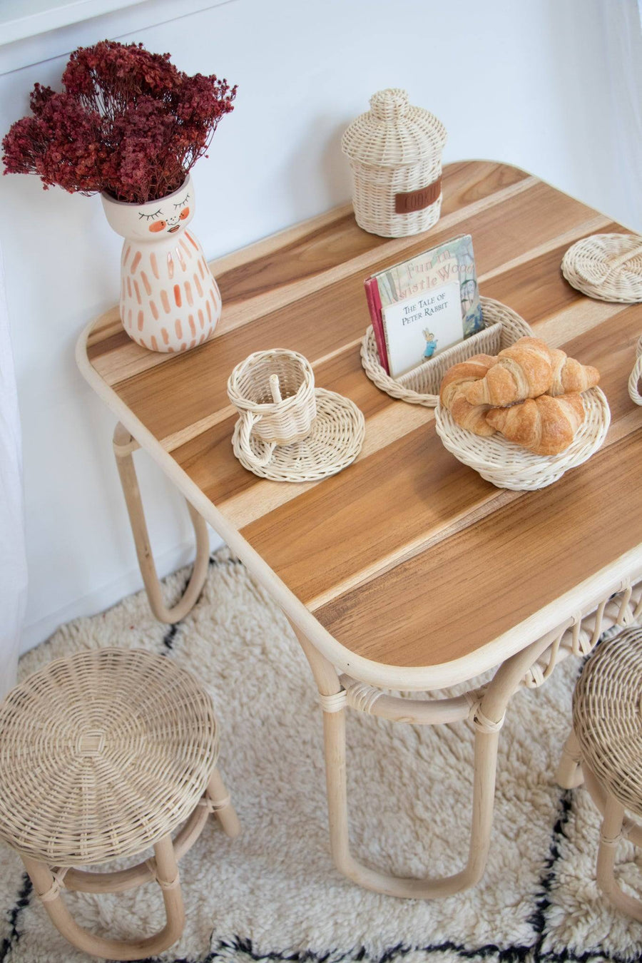 Pre-Order Daisy Crafty Table