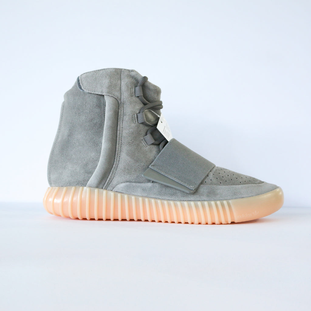 "Yeezy Boost 750 ""Glow in the dark"""