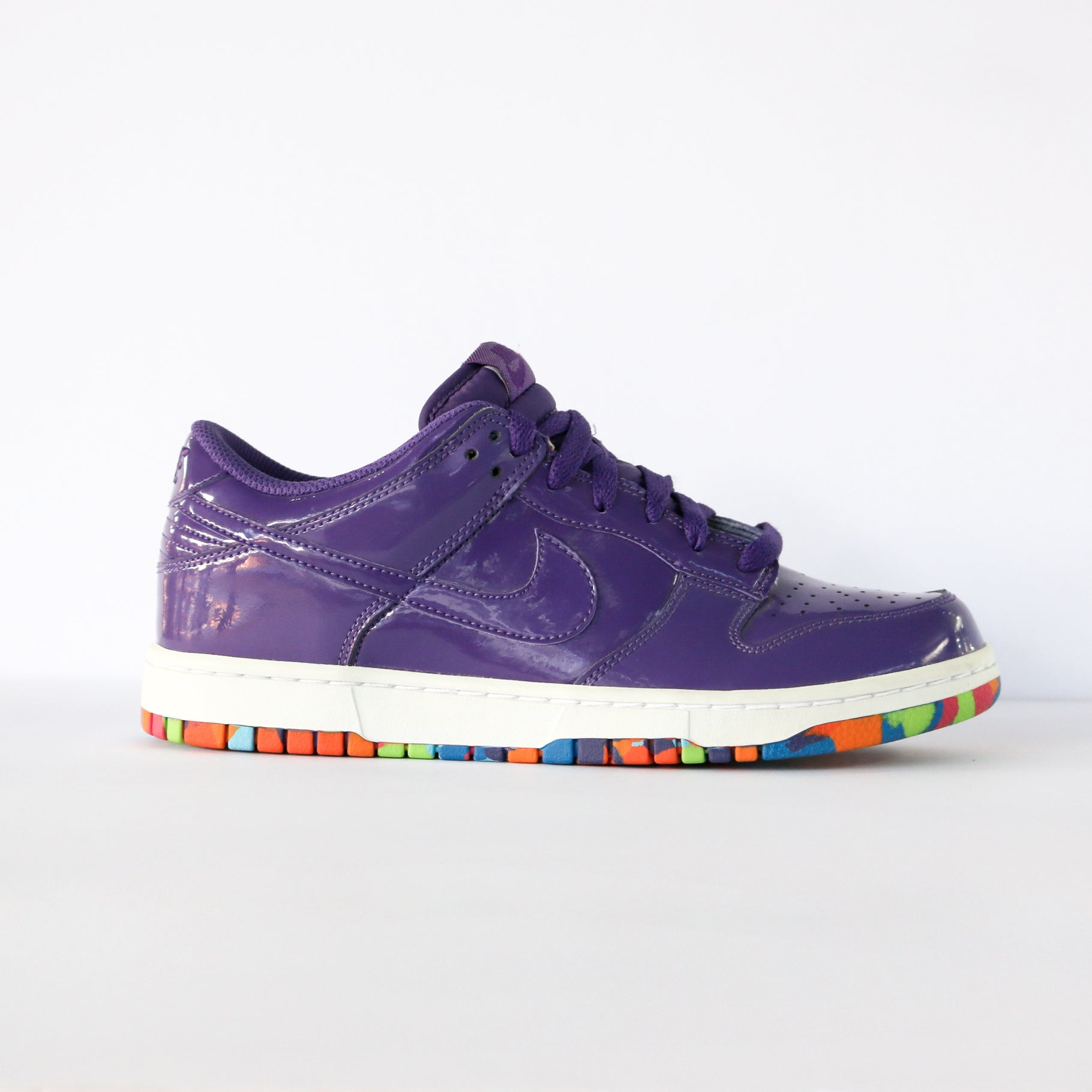 "Dunk Low ""Club Purple"" (W)"