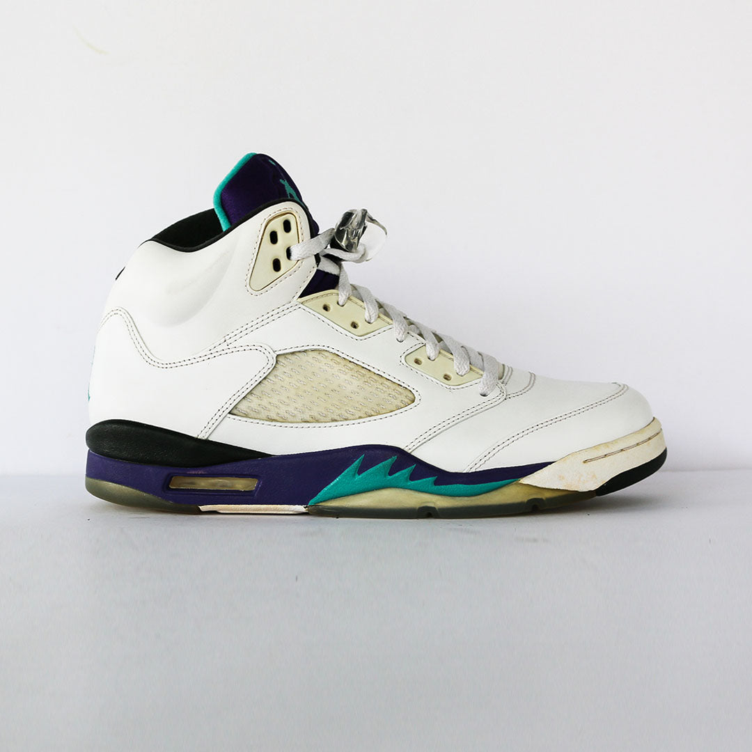 huge selection of 1b352 24625 Air Jordan 5