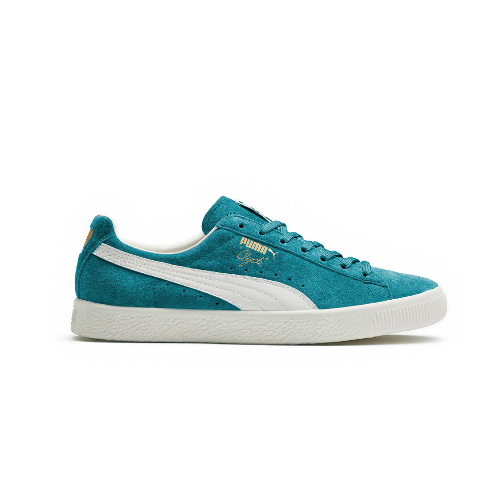 Clyde Premium Core Puma Sneakers Blue Side View