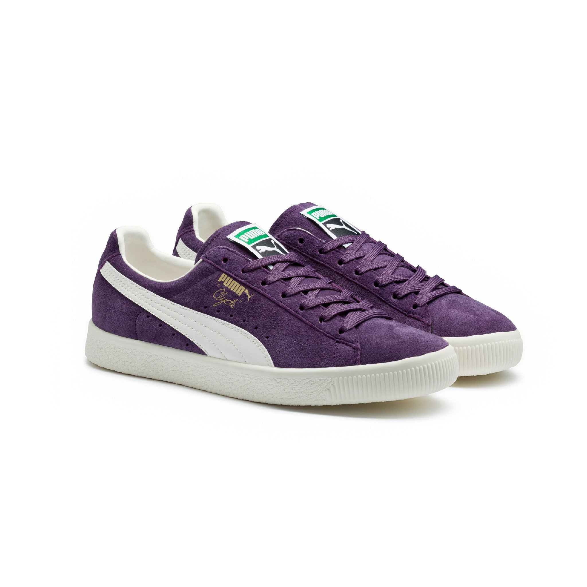 Clyde Premium Core Puma Sneakers Purple Angled View