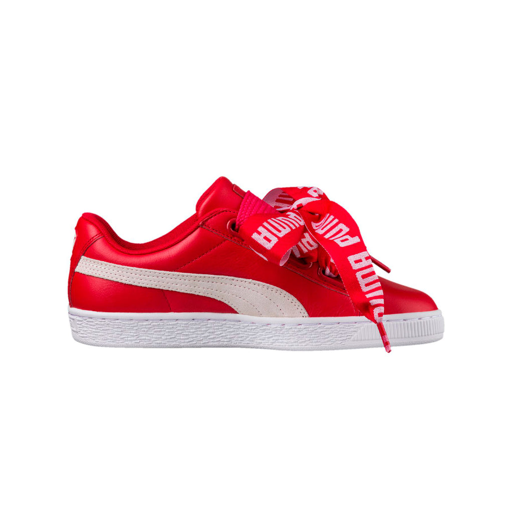 Puma Women's Basket Heart De Sneakers Red Right View