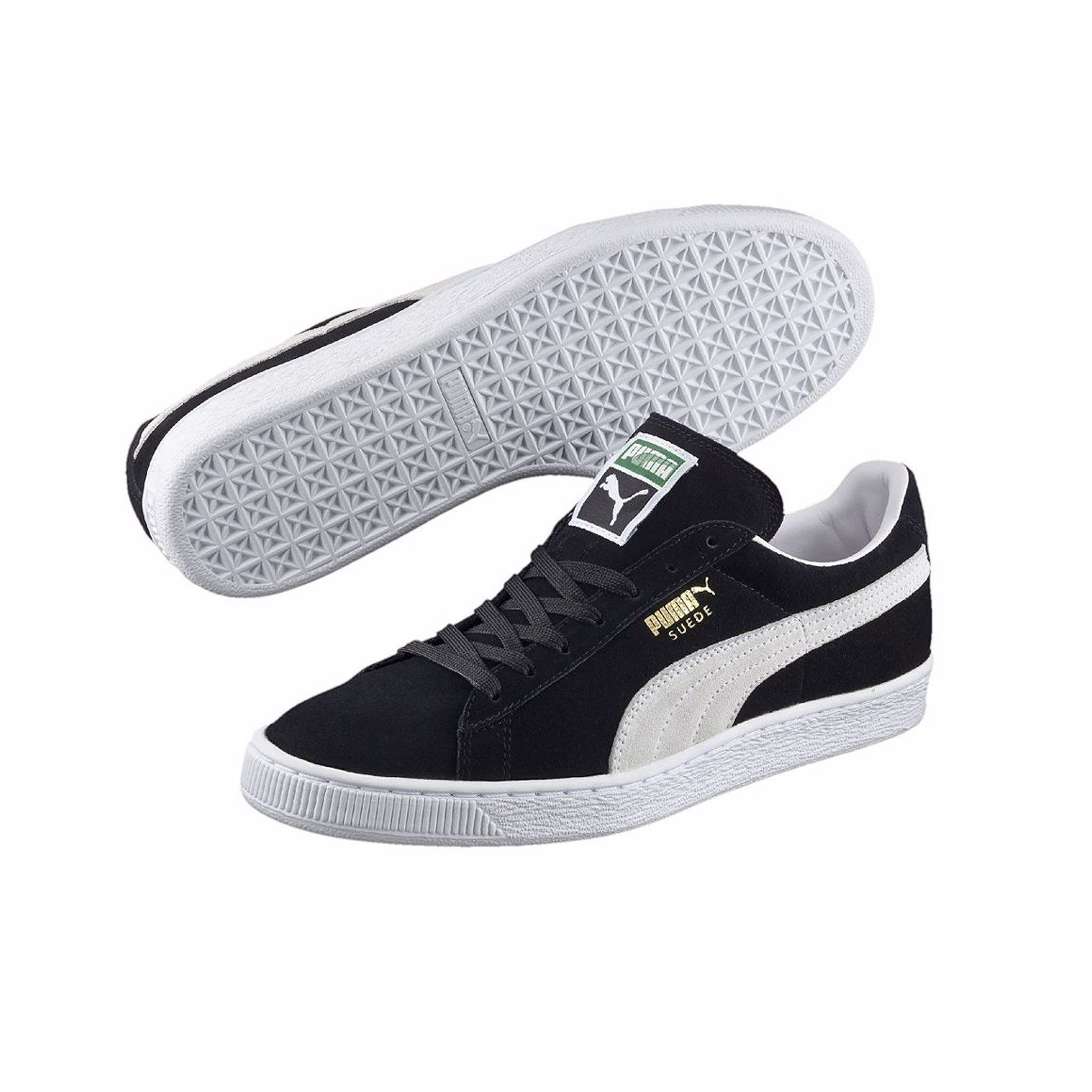 Suede Classic Puma Sneakers Black Pair View