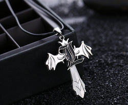 Death Note | Necklace | Rotatable Wings with L Style