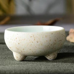 Gong Fu Chinese White Porcelain Tea Cup with Feet