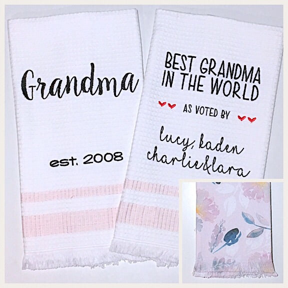Grandma 2-pack of Tea Towels in Pale Pink Floral