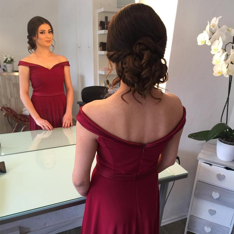 hairstyle for strapless dress