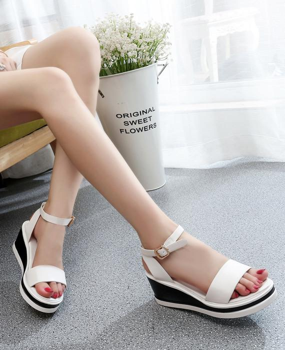 025ea632251a Roman Cover Heel Zipper Wedges Leather Sandals White - Seamido