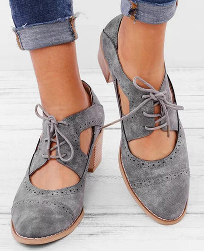 Hollow Out Buckle Oxford Shoes