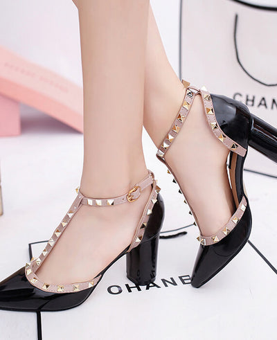 Rivets Pointed High Heels Hollowed Out Sandal