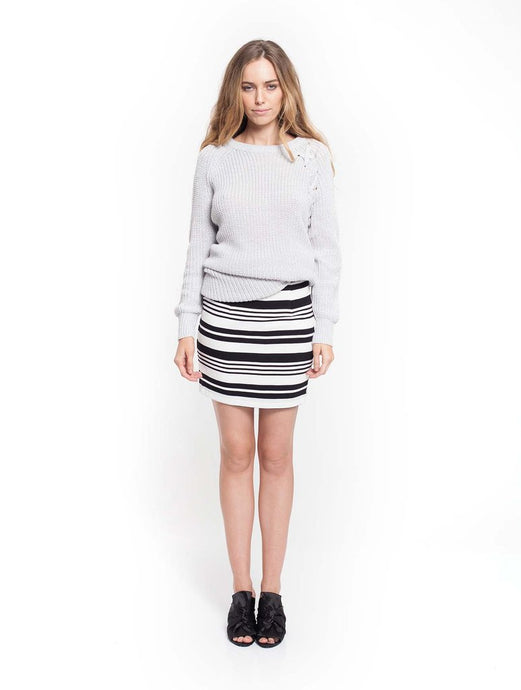 Axial Skirt