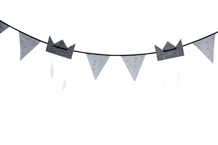 Petit by V - Flag Garland - Cool Grey