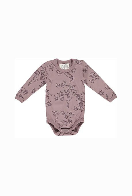From Danish Designers Gro:  This beautifully illustrated baby vest is soft and comfortable and perfect for babies to move freely in.   Rich tones of mauve with delicate leaf print.