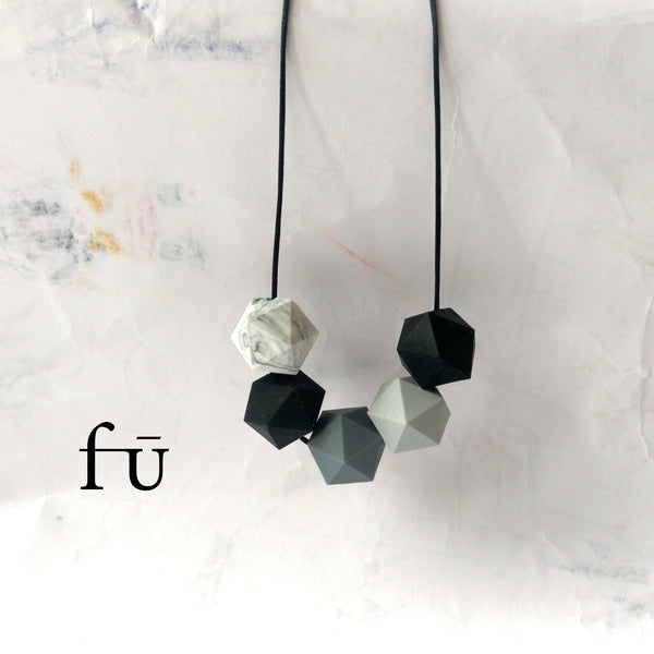 Smith Fu Modern fashion forward silicone teething necklaces. Irish jelly design for modern fashion conscious mums.