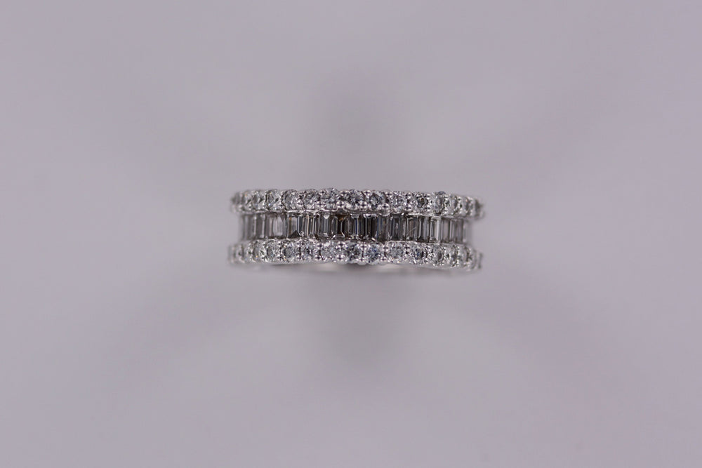 Ladies 18K White Gold Diamond Eternity Band