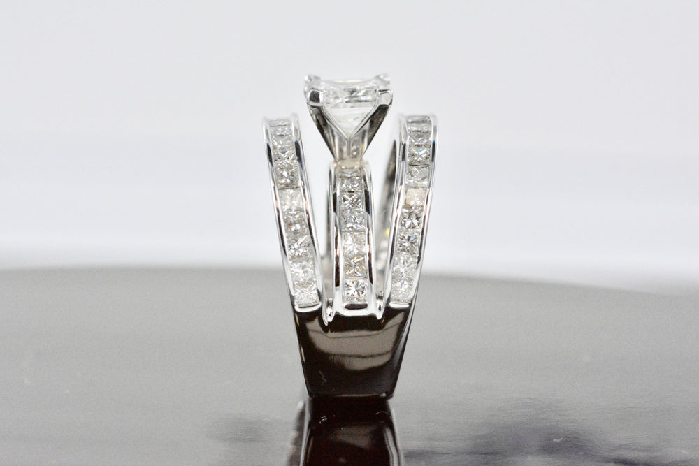 2.00 Princess Center 3.40 Princess Surrounding Ladies Diamond Ring