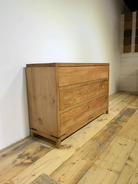 Buckingham Chest of Draws