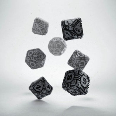 Dice Set - Q-Workshop - 7 Piece Set - Tech Dice - Gray/Black - 401 Games