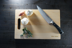 Maple Cutting Board with Handle 10 1/2