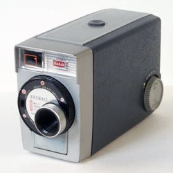 Regular 8mm Movie Camera - Kodak Brownie 8 (Vintage - Grey)