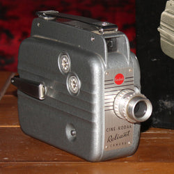 Regular 8mm Movie Camera - Kodak Reliant 8 (Vintage - Grey)