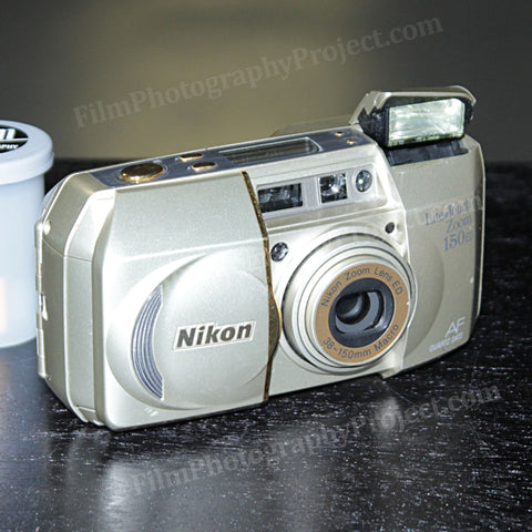 35mm Film Camera - Nikon Lite Touch Zoom 150 ED (Silver Vintage)